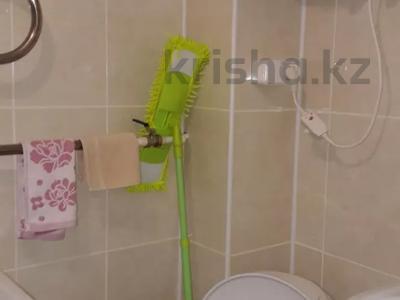 1-комнатная квартира, 31 м², 3/5 этаж, 14 мкр за 4.8 млн 〒 в Караганде, Казыбек би р-н — фото 2