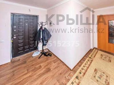 2-комнатная квартира, 76.8 м², 4/5 этаж, Коргалжынское шоссе 23 — Айтматова за 21.5 млн 〒 в Нур-Султане (Астана), Есиль р-н — фото 4