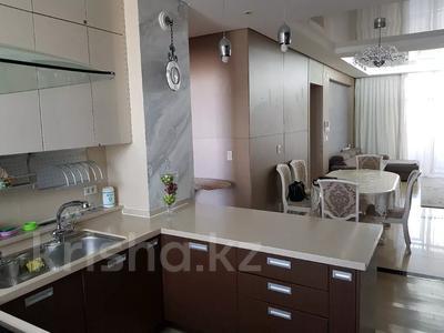 4-комнатная квартира, 128 м², 6 этаж помесячно, Байтурсынова 1 за 350 000 〒 в Нур-Султане (Астана), Алматы р-н — фото 13