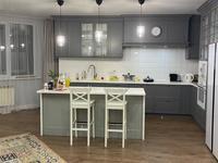 4-комнатная квартира, 236 м², 10/12 этаж, Дюсенова 22 за 90 млн 〒 в Павлодаре