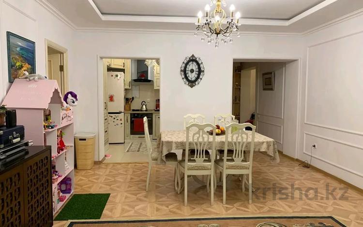 3-комнатная квартира, 100 м², 2/17 этаж, Бальзака 8 за ~ 39 млн 〒 в Алматы, Бостандыкский р-н