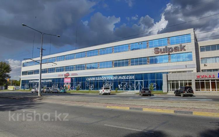 Здание, Пр. Независимости 86 площадью 2200 м² за 1 900 〒 в Усть-Каменогорске