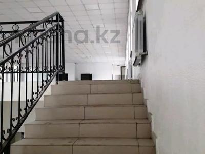 Здание, проспект Сакена Сейфуллина — Акан Серы площадью 700 м² за 1.7 млн 〒 в Алматы, Турксибский р-н — фото 3