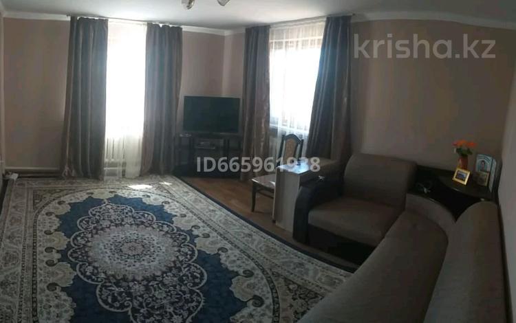 4-комнатный дом, 70 м², 9 сот., Мира за 13 млн 〒 в Щучинске