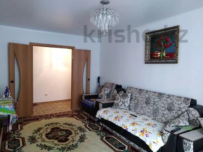 3-комнатная квартира, 84 м², 3/5 этаж, Молдагуловой 15/6 за 15 млн 〒 в Усть-Каменогорске