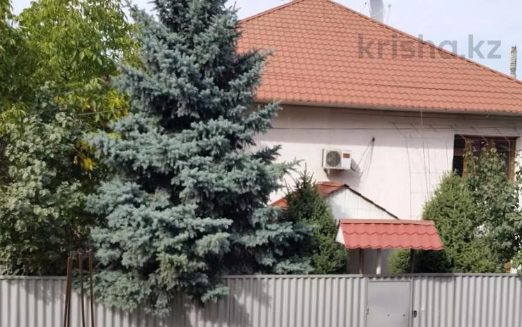6-комнатный дом, 300 м², 6 сот., мкр Дубок-2 за 130 млн 〒 в Алматы, Ауэзовский р-н