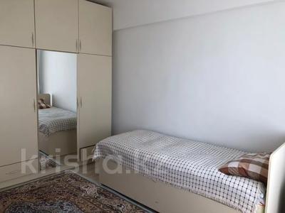 3-комнатная квартира, 65 м², 4/5 этаж, мкр Орбита-3, Аль-Фараби за 28 млн 〒 в Алматы, Бостандыкский р-н — фото 9