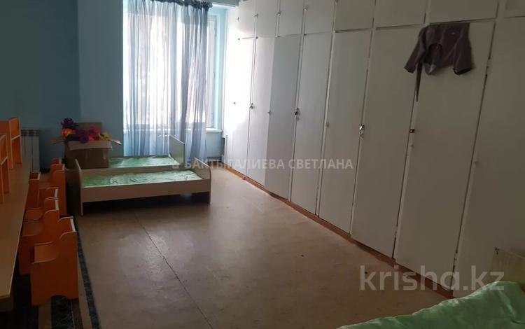 Здание, площадью 2000 м², Мендикулова за 2.7 млрд 〒 в Алматы, Медеуский р-н