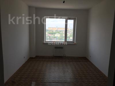 3-комнатная квартира, 90 м², 5/10 этаж, проспект Республики 1/2 за 17 млн 〒 в Караганде, Казыбек би р-н — фото 10