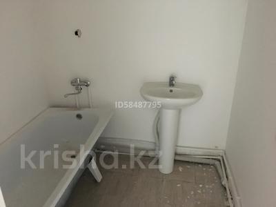 3-комнатная квартира, 90 м², 5/10 этаж, проспект Республики 1/2 за 17 млн 〒 в Караганде, Казыбек би р-н — фото 4