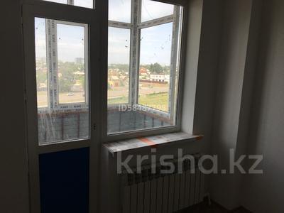 3-комнатная квартира, 90 м², 5/10 этаж, проспект Республики 1/2 за 17 млн 〒 в Караганде, Казыбек би р-н — фото 7