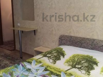 1-комнатная квартира, 36 м², 3/5 этаж посуточно, Бектурова 71 за 3 500 〒 в Павлодаре — фото 3