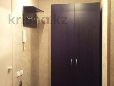 1-комнатная квартира, 36 м², 3/5 этаж посуточно, Бектурова 71 за 3 500 〒 в Павлодаре — фото 7