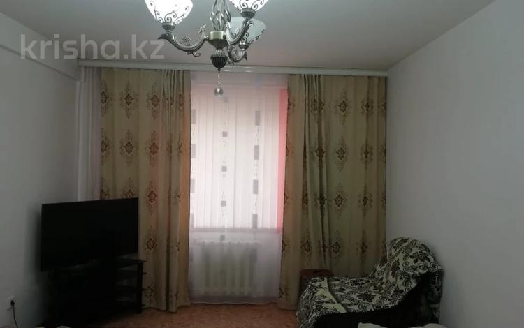 1-комнатная квартира, 38 м², 2/7 этаж, 7мкр 13 за 9.7 млн 〒 в Талдыкоргане