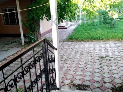 7-комнатный дом, 170 м², 20 сот., Шевцова 35 за 21 млн 〒 в Тюлькубасе — фото 11