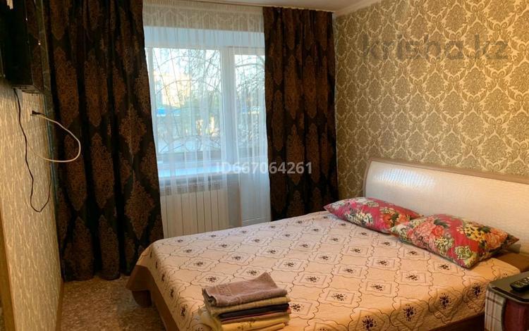 1-комнатная квартира, 32 м², 2/5 этаж посуточно, проспект Шакарима 35 за 6 000 〒 в Семее