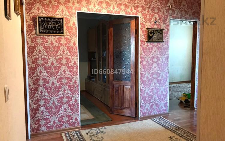 4-комнатная квартира, 82.5 м², 4/5 этаж, Авангард-4 3А/1 — Гумарова за 22 млн 〒 в Атырау, Авангард-4