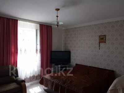 5-комнатный дом, 103 м², 10 сот., Азатык за 27 млн 〒 в Косшы