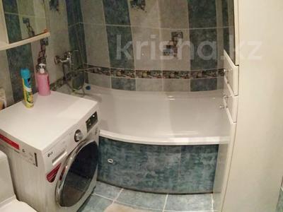 1-комнатная квартира, 38 м², 3/5 этаж посуточно, Аль-Фараби 38 за 6 000 〒 в Костанае — фото 6