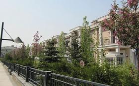 6-комнатный дом помесячно, 230 м², 4 сот., мкр Горный Гигант, Мкр Горный Гигант за 1.2 млн 〒 в Алматы, Медеуский р-н