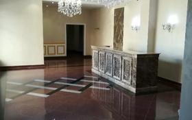 3-комнатная квартира, 125 м², 2/6 этаж помесячно, Мангилик Ел — Ханов Керея и Жанибека за 350 000 〒 в Нур-Султане (Астана), Есиль р-н