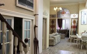 5-комнатная квартира, 130 м², 2/4 этаж помесячно, Ержанова за 500 000 〒 в Караганде, Казыбек би р-н