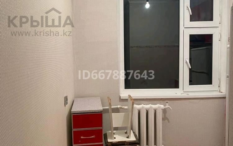 2-комнатная квартира, 44 м², 5/5 этаж, мкр 5 126 — Есет батыра за 8.5 млн 〒 в Актобе, мкр 5