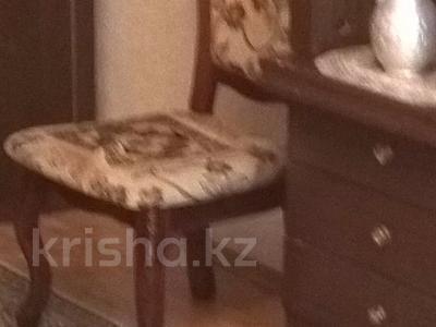 1-комнатная квартира, 31 м², 3/5 этаж посуточно, Махамбета Утемисова 130а — проспект Азаттык за 5 000 〒 в Атырау — фото 4
