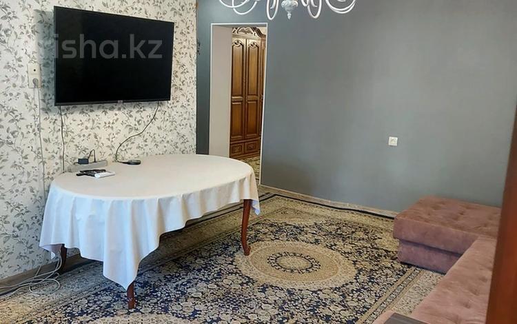3-комнатная квартира, 60 м², 1/4 этаж на длительный срок, 1микр 3 за 150 000 〒 в Капчагае