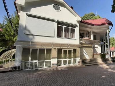 5-комнатный дом помесячно, 500 м², 25 сот., Оспанова 83 за 1 млн 〒 в Алматы, Медеуский р-н — фото 2