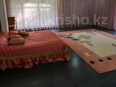 5-комнатный дом помесячно, 500 м², 25 сот., Оспанова 83 за 1 млн 〒 в Алматы, Медеуский р-н — фото 6