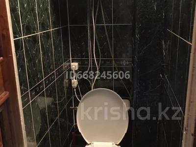 4-комнатная квартира, 86 м², 6/10 этаж, Мкр Степной-4 12 — Муканова за 27 млн 〒 в Караганде, Казыбек би р-н