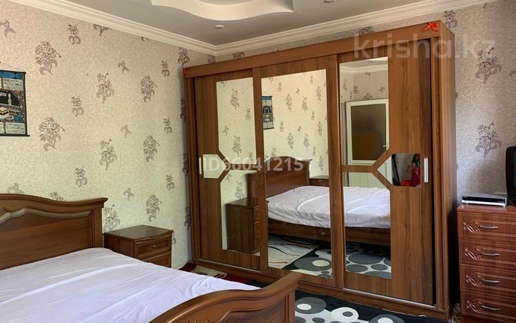6-комнатный дом, 160.7 м², 4 сот., мкр Сауле 2А — Жамбыл Жабаев за 16 млн 〒 в Шымкенте, Аль-Фарабийский р-н