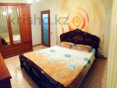 2-комнатная квартира, 75 м², 3/5 этаж посуточно, Г. Иляева 66 — Казыбек би за 8 000 〒 в Шымкенте