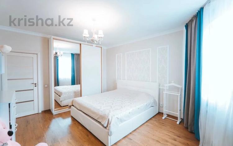 3-комнатная квартира, 100 м², 9/16 этаж, Шакарим кудайбердиулы 2/17 — Рыскулбекова за 27.4 млн 〒 в Нур-Султане (Астана), Есиль р-н