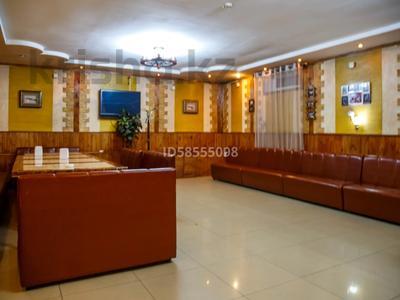 Здание, площадью 447 м², проспект Сакена Сейфуллина 35А — Аймауытова за 130 млн 〒 в Алматы, Турксибский р-н