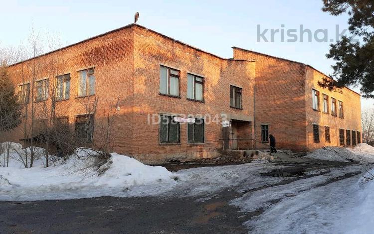 Здание, площадью 2000 м², Опытное поле за 36 млн 〒 в Усть-Каменогорске