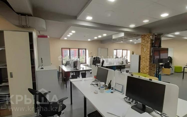 Здание, площадью 3644 м², Бухар Жырау за ~ 1.5 млрд 〒 в Алматы, Бостандыкский р-н