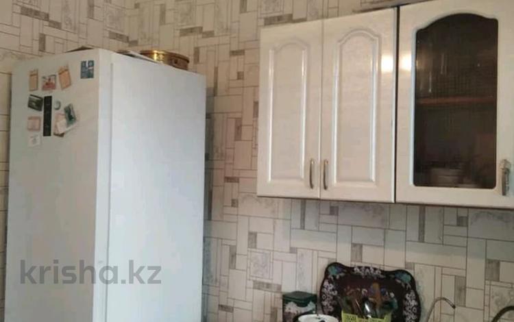 4-комнатная квартира, 82 м², 5/5 этаж, Алатау за 13 млн 〒 в Таразе