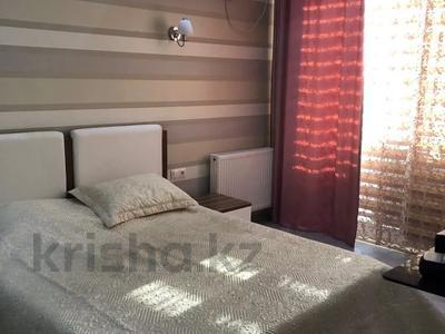 2-комнатная квартира, 77 м², 5/10 этаж, Еримбетова 1а — Рыскулова за 26.5 млн 〒 в Шымкенте, Енбекшинский р-н