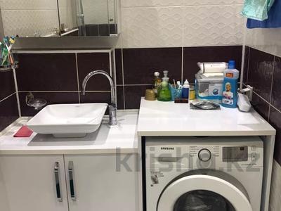 2-комнатная квартира, 77 м², 5/10 этаж, Еримбетова 1а — Рыскулова за 26.5 млн 〒 в Шымкенте, Енбекшинский р-н — фото 10