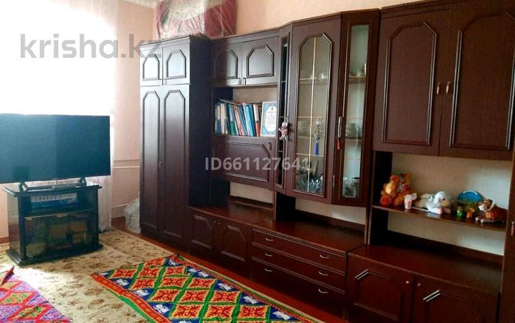 2-комнатная квартира, 48 м², 5/5 этаж, 10мкр Аса 36 за 10.2 млн 〒 в Таразе