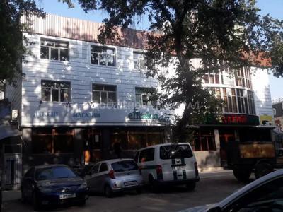 Здание, площадью 1000 м², Толеби — Шарипова за 520 млн 〒 в Алматы, Алмалинский р-н — фото 22