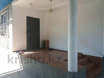 4-комнатный дом, 85.9 м², 9 сот., мкр Акбулак, А.Шагирова — Шарипова за 38 млн 〒 в Алматы, Алатауский р-н