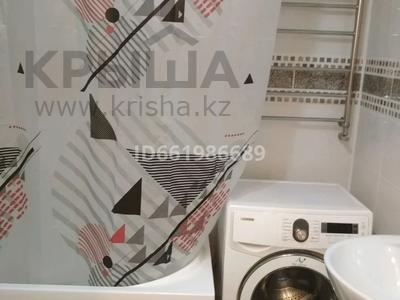 1-комнатная квартира, 32 м², 1/3 этаж посуточно, улица Бауыржана Момышулы 7а — Тауке Хана за 8 000 〒 в Шымкенте — фото 3