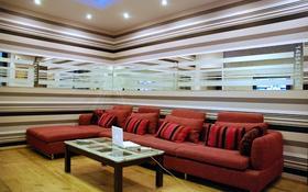 2-комнатная квартира, 50 м², 2 этаж помесячно, проспект Абылай Хана 66 за 360 000 〒 в Алматы, Алмалинский р-н