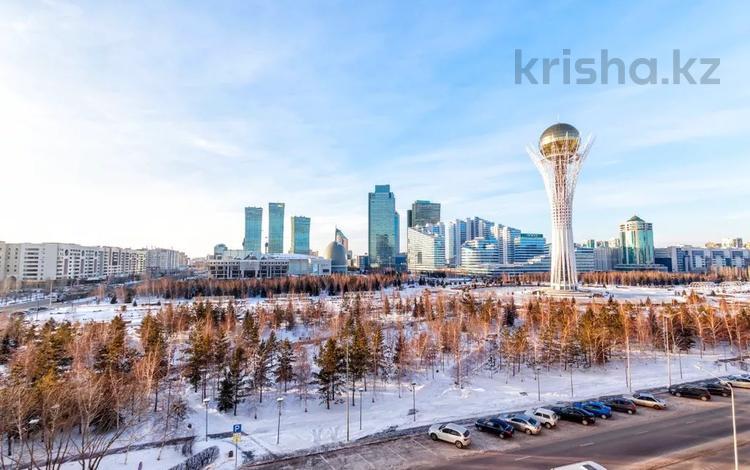 2-комнатная квартира, 80 м², 6/12 этаж посуточно, Достык 13 — Мангилик ел за 13 000 〒 в Нур-Султане (Астана)