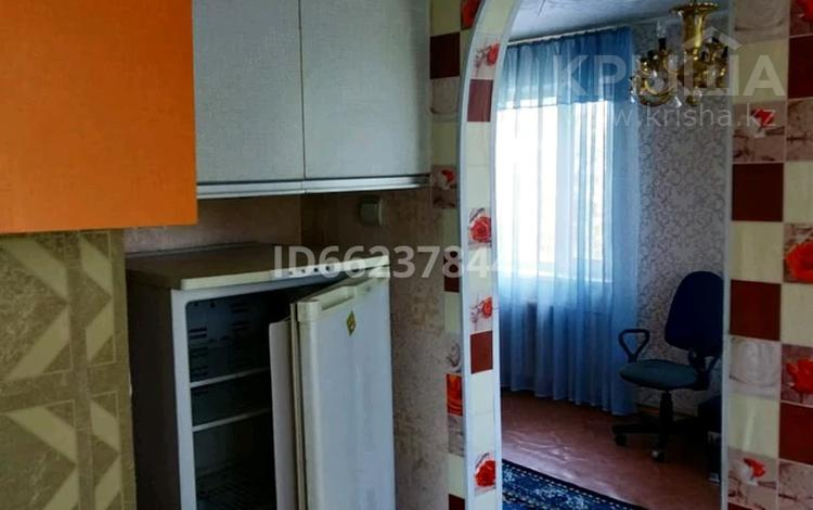 1-комнатная квартира, 31 м², 5/5 этаж, Ержанова 57 за ~ 7.7 млн 〒 в Караганде, Казыбек би р-н
