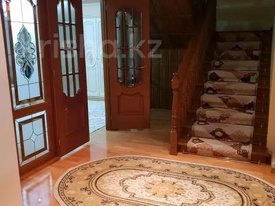 8-комнатная квартира, 430 м², 1/2 этаж, улица Козбагарова 42 — Ибраева - Козбагарова за 170 млн 〒 в Семее