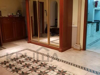 8-комнатная квартира, 430 м², 1/2 этаж, улица Козбагарова 42 — Ибраева - Козбагарова за 170 млн 〒 в Семее — фото 3